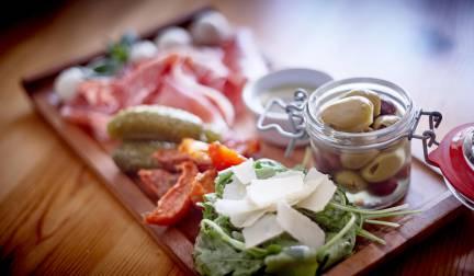 wheatsheaf-inn_food_eat-with-us_july-019